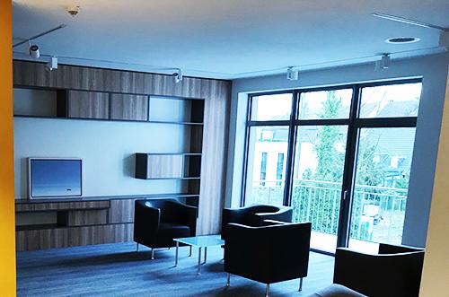 Eingang_Lounge_2_500x331